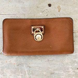 ♥️ Michael Kors  ♥️ Tan Wallet